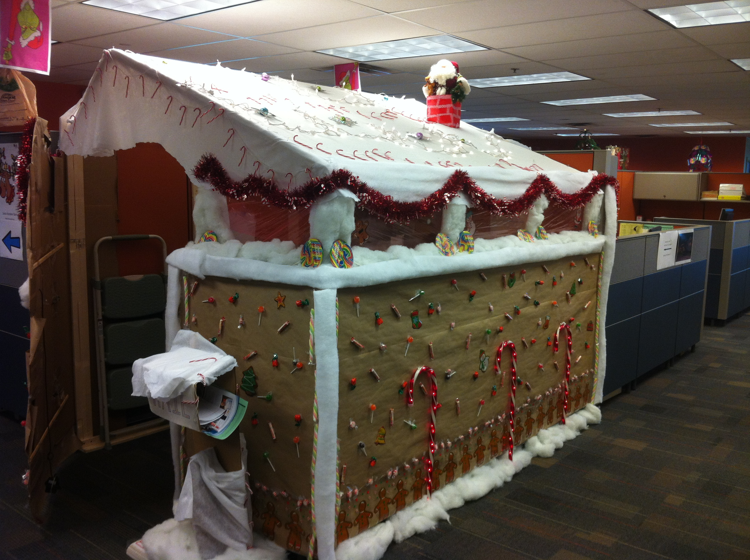 Work Pod Decorating Ideas Christmas : Christmas and our inner light the tao of pig pen